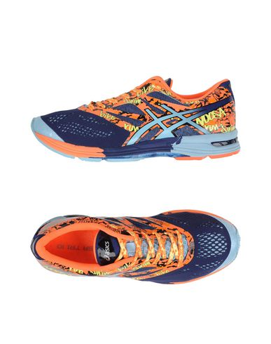 Foto ASICS Sneakers & Tennis shoes basse uomo