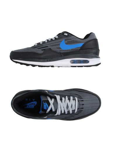 Foto NIKE Sneakers & Tennis shoes basse uomo