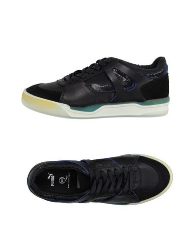 Foto MCQ PUMA Sneakers & Tennis shoes basse donna