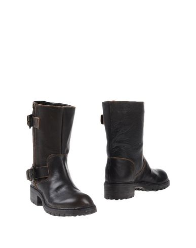 betty-flowers-ankle-boots-female