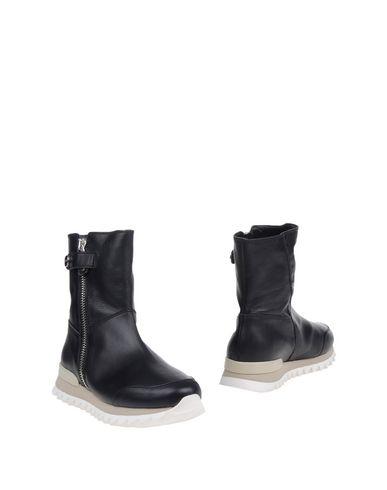 MY GREY Полусапоги и высокие ботинки