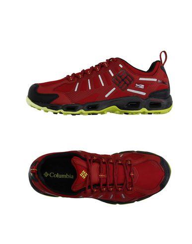 Низкие кеды и кроссовки COLUMBIA 11019341HL
