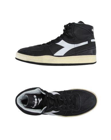 Foto DIADORA HERITAGE Sneakers & Tennis shoes alte uomo
