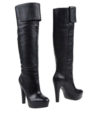 guess-boots-female