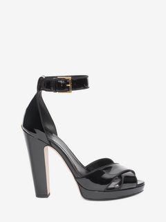 Sandale à brides croisées