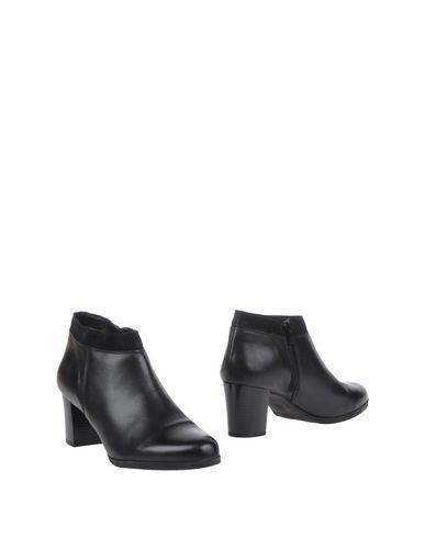 ENG EVERY NICE GIRL Полусапоги и высокие ботинки eng