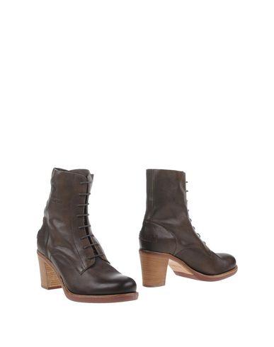 Полусапоги и высокие ботинки от SHABBIES AMSTERDAM