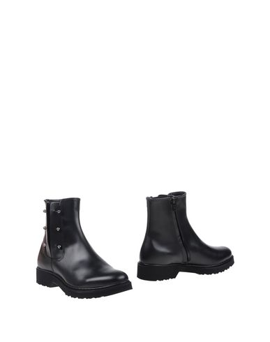 CULT Полусапоги и высокие ботинки