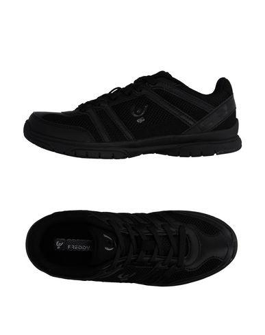 Низкие кеды и кроссовки FREDDY 11062681BV