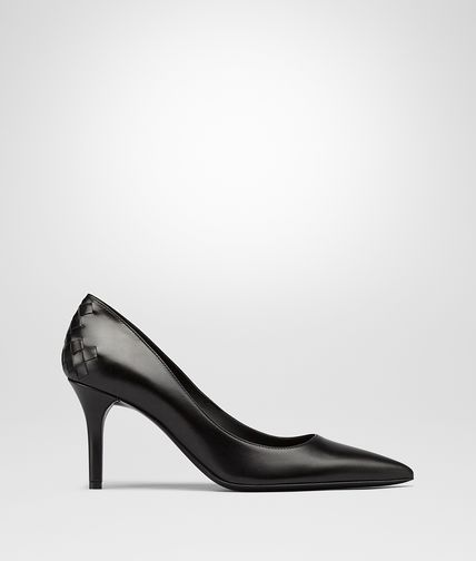 PUMPS IN NERO CALF INTRECCIATO