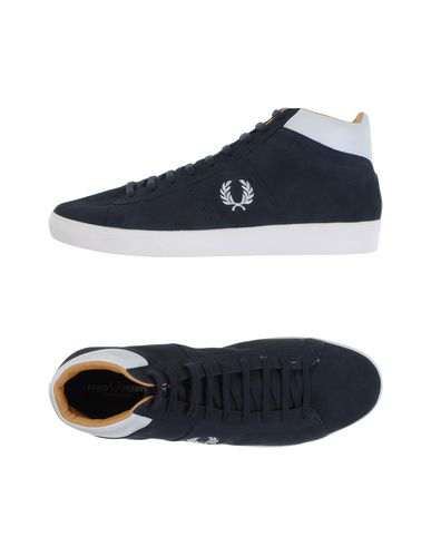 ������� ���� � ��������� FRED PERRY 11078697IV