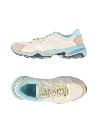 Низкие кеды и кроссовки MCQ PUMA 11080157BI