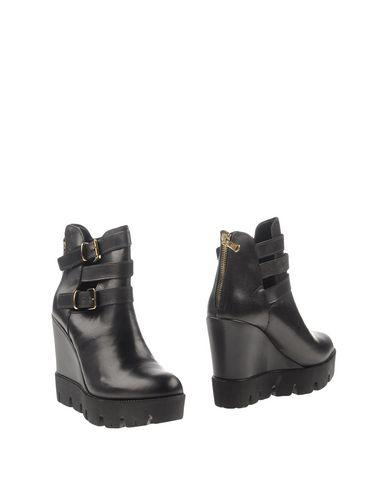 MARINA GREY Полусапоги и высокие ботинки