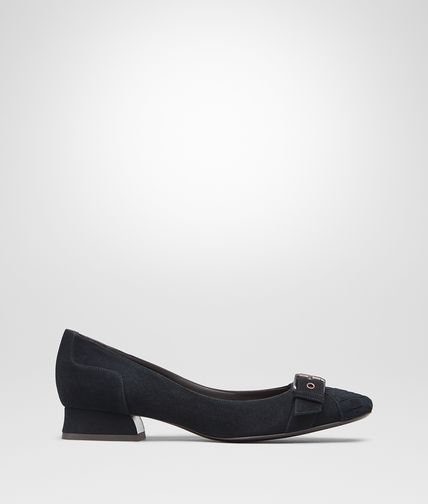 PUMPS IN DARK NAVY PATENT CALF INTRECCIATO