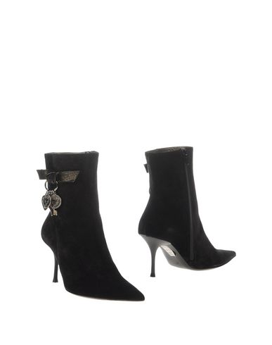 irene-adler-ankle-boots-female