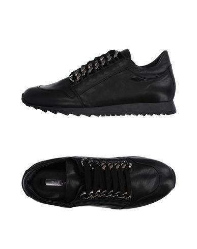 Низкие кеды и кроссовки CASADEI 11090706DA