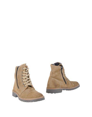 YAB Полусапоги и высокие ботинки