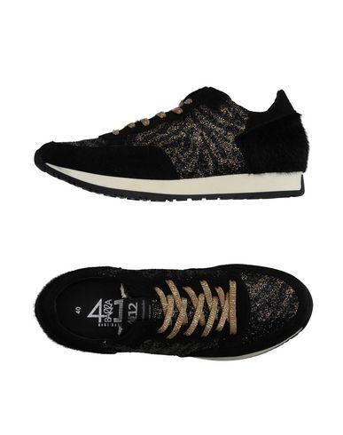 Foto QUATTROBARRADODICI Sneakers & Tennis shoes basse donna