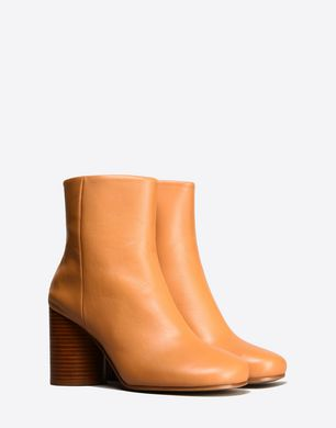 Calfskin Round-toe ankle boots
