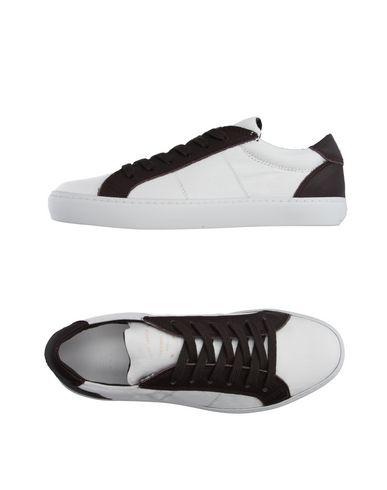 Низкие кеды и кроссовки PANTOFOLA D'ORO 11099815IC