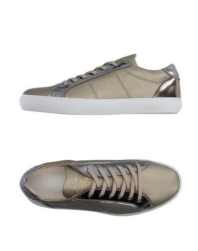 Низкие кеды и кроссовки PANTOFOLA D'ORO 11099821PE
