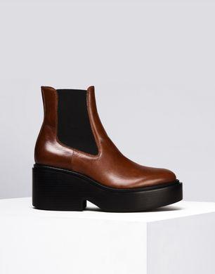 Platform Chelsea boots