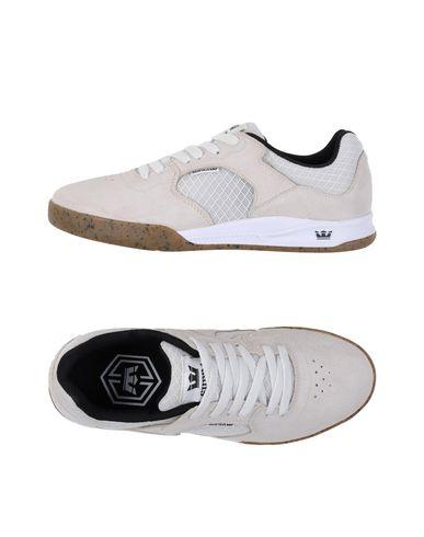 Низкие кеды и кроссовки SUPRA 11104608SK