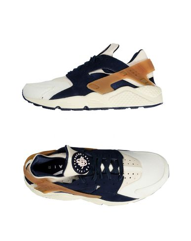 Foto NIKE Sneakers & Tennis shoes basse uomo