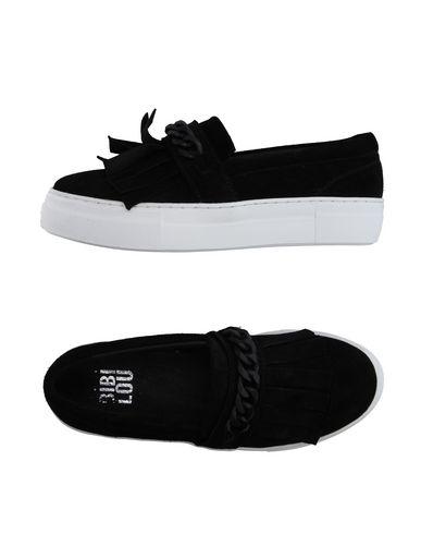 Низкие кеды и кроссовки BIBI LOU 11107111TO