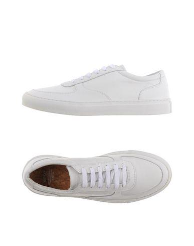 Низкие кеды и кроссовки WESC 11111154PB