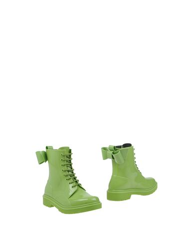 redv-ankle-boots-female