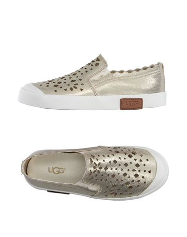 Низкие кеды и кроссовки UGG AUSTRALIA 11124866LG