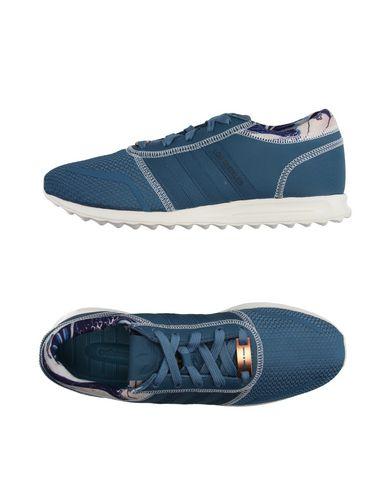 Низкие кеды и кроссовки ADIDAS ORIGINALS 11127800HR