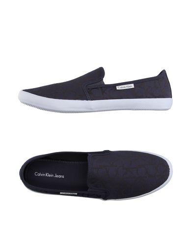 Низкие кеды и кроссовки CALVIN KLEIN JEANS 11130212IH
