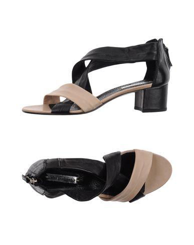 alto-gradimento-sandals-female