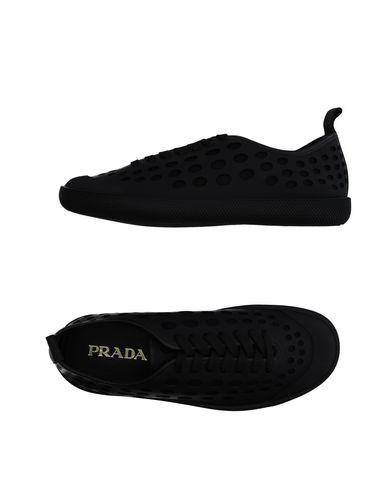 Низкие кеды и кроссовки PRADA 11131737VA