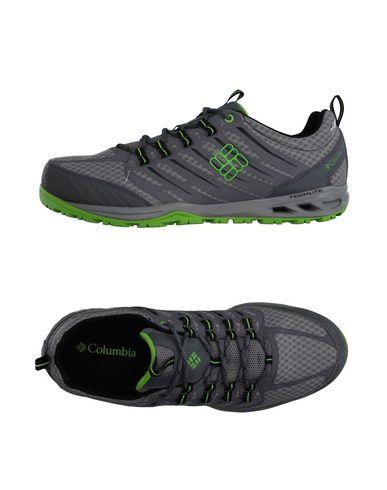 Низкие кеды и кроссовки COLUMBIA 11132036SC