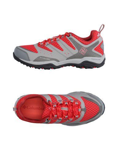 Низкие кеды и кроссовки COLUMBIA 11132116QB