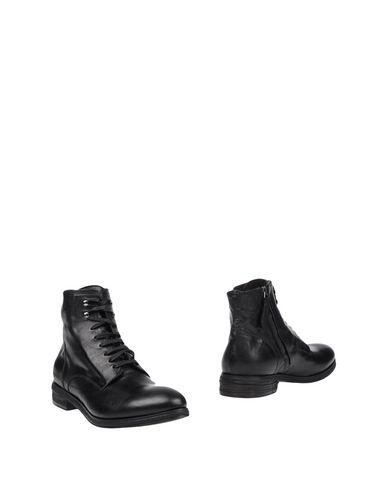 RAPARO Полусапоги и высокие ботинки