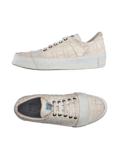 Низкие кеды и кроссовки MOMA 11150114AW