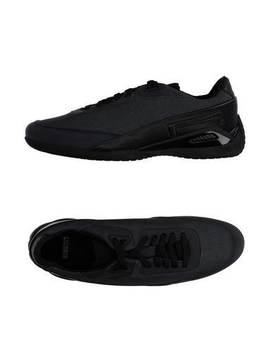 Низкие кеды и кроссовки PIRELLI PZERO 11150582IH