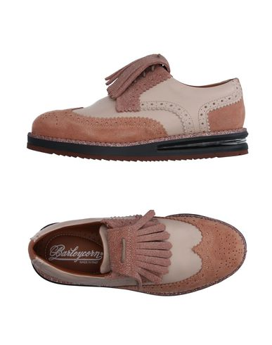 Обувь на шнурках BARLEYCORN. Цвет: телесный