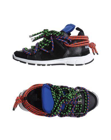 Низкие кеды и кроссовки DSQUARED2 11156920IE