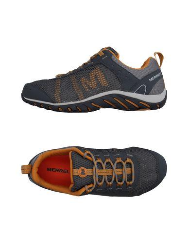 Низкие кеды и кроссовки MERRELL 11162774RV
