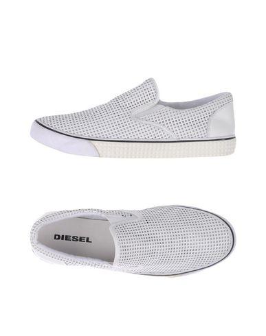 Низкие кеды и кроссовки DIESEL 11163846QA