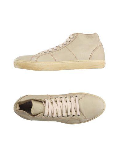 Низкие кеды и кроссовки PANTOFOLA D'ORO 11164460DM
