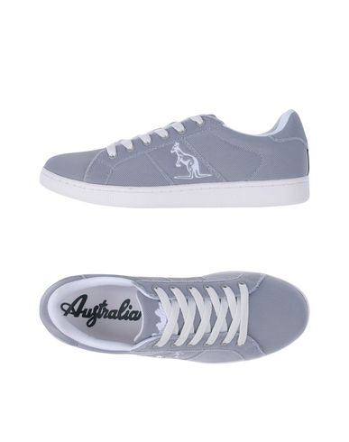 australian-low-tops-trainers-male
