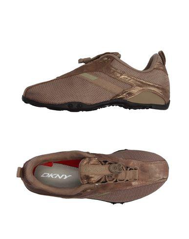 Низкие кеды и кроссовки DKNY 11172504IU
