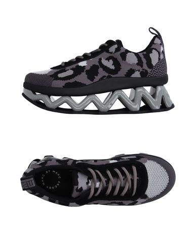 Низкие кеды и кроссовки MARC BY MARC JACOBS 11183715KS
