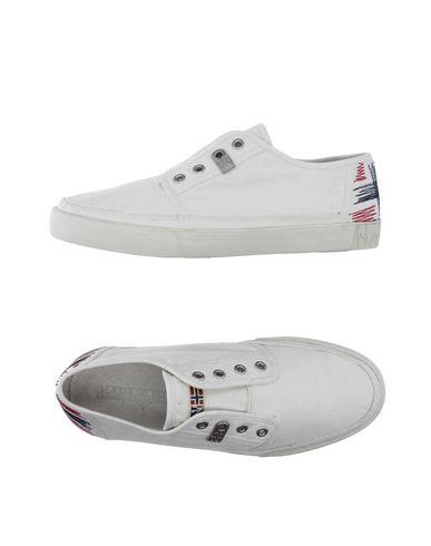Низкие кеды и кроссовки NAPAPIJRI 11190597RX
